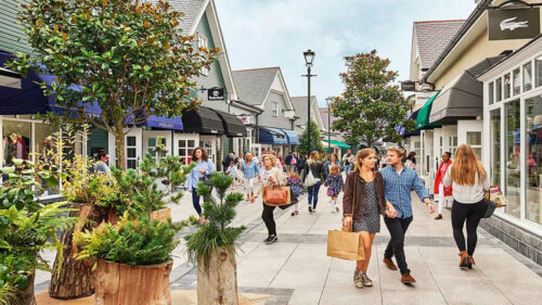 Kildare Village - Premium Day Tour from Dublin