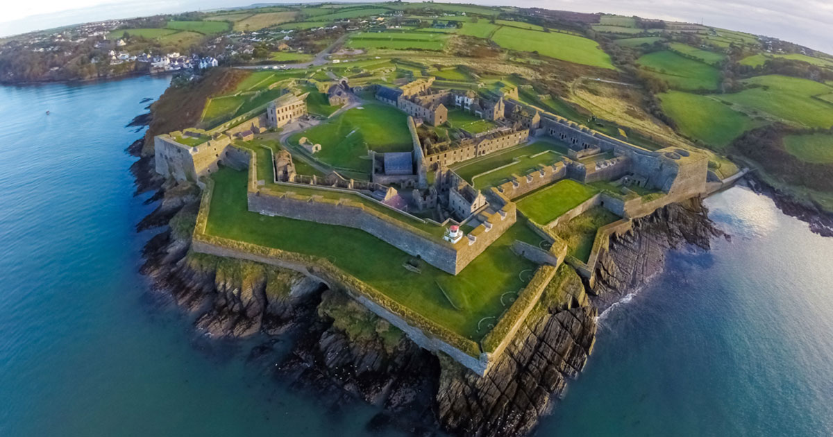 Charles Fort - Premium Day Tour from Dublin