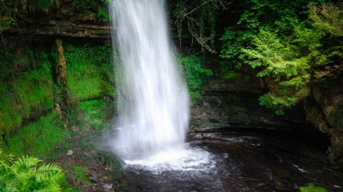Devil's Chimney Waterfall - Sligo - Premium Day Tour from Dublin