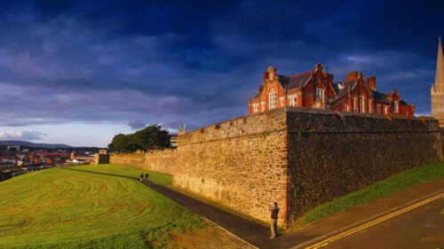 Derry Walls - Premium Day Tour from Dublin